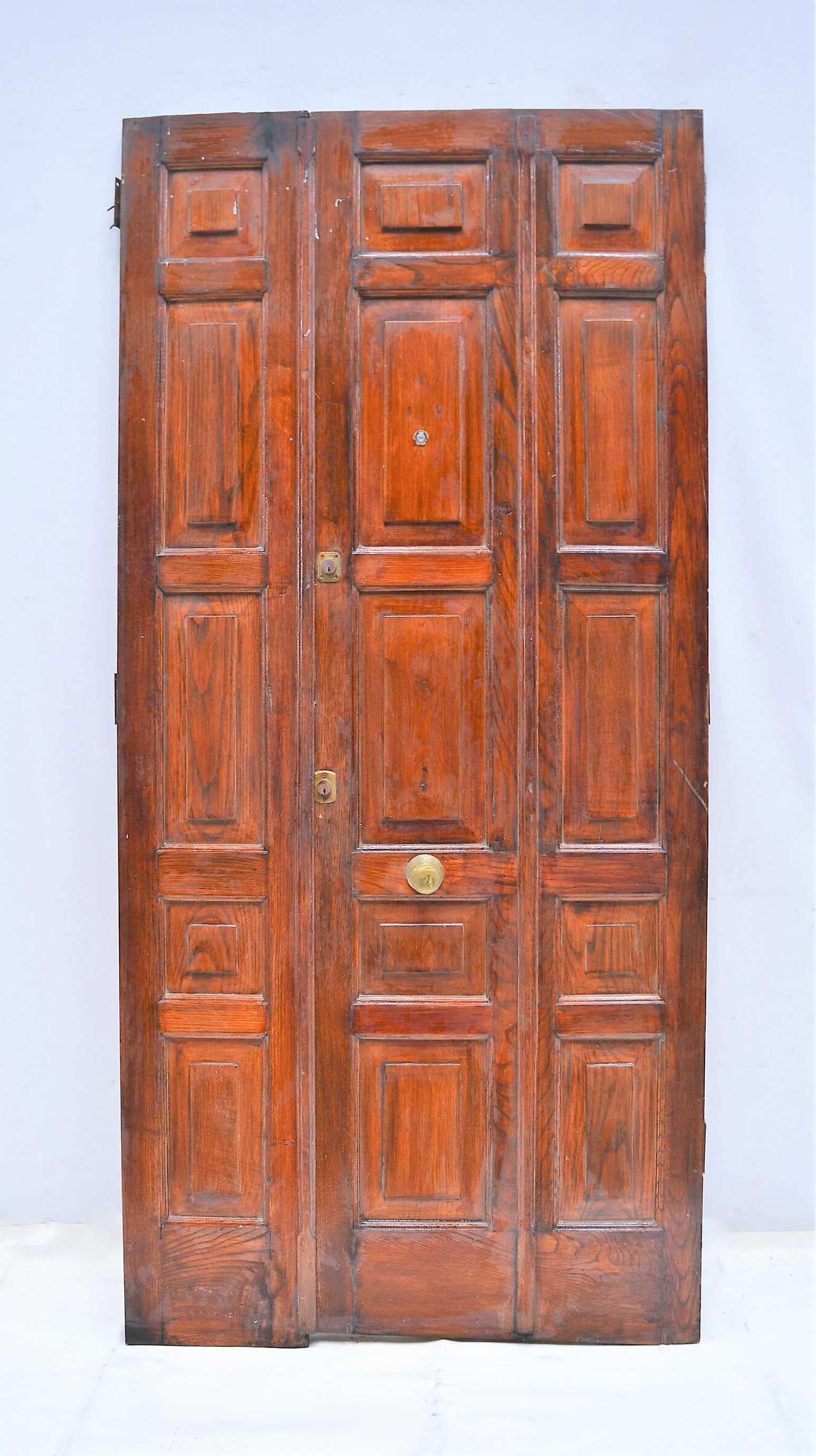 Puerta de madera doble for Puertas dobles de madera