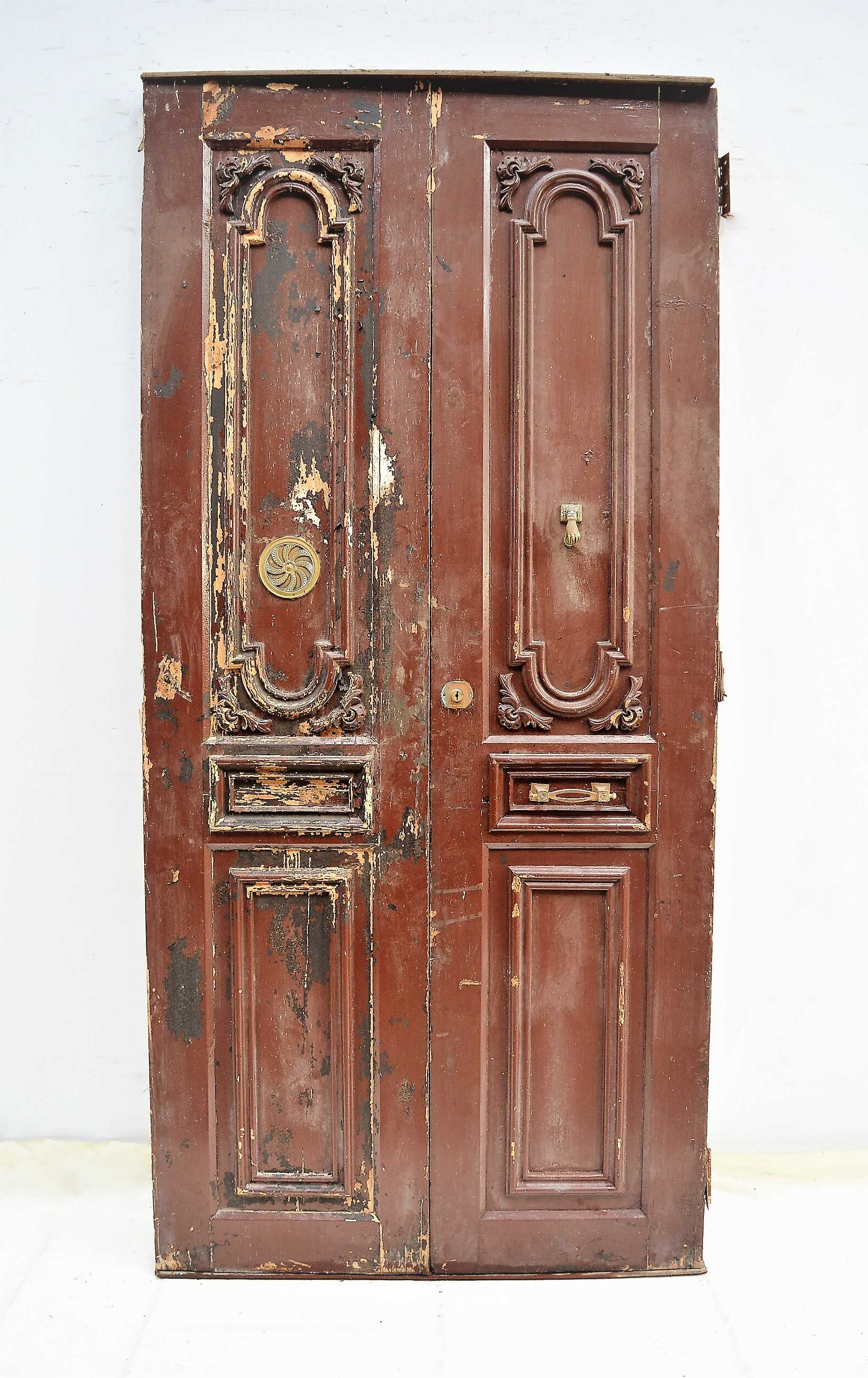 Puerta de madera doble for Puerta de madera doble estilo antiguo